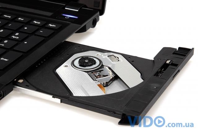 Fujitsu Lifebook AH552: тонкий ноутбук для дома и офиса
