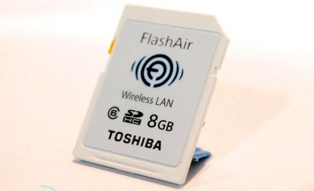 Toshiba представляет SD-карты с поддержкой Wi-Fi