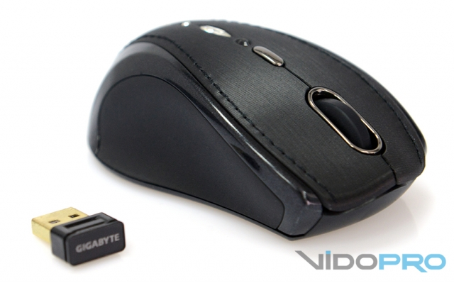 Gigabyte M7800S: для тех, кто любит шик
