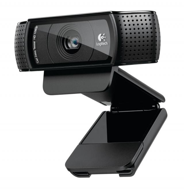 Logitech HD Pro Webcam C920 поможет не пропустить семейные праздничные мероприятия