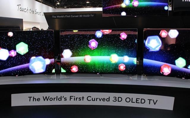 CES 2013: LG демонстрирует 55-дюймовый изогнутый OLED телевизор