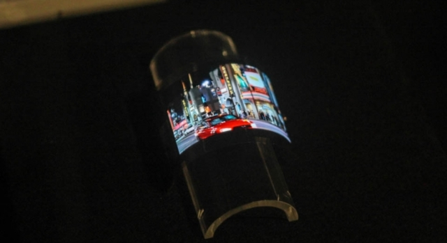 Гибкий OLED дисплей от Sharp