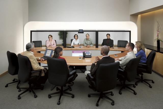 Пять мифов о технологии telepresence