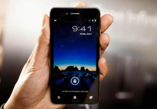 ASUS Padfone Infinity – неразрывный союз телефона с планшетом