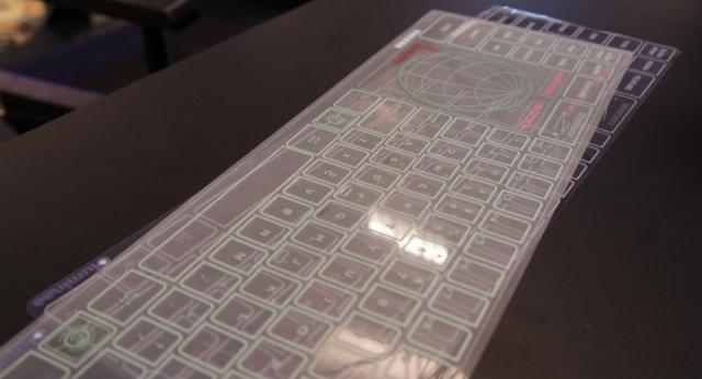 На CeBIT 2013 представили стеклянную клавиатуру