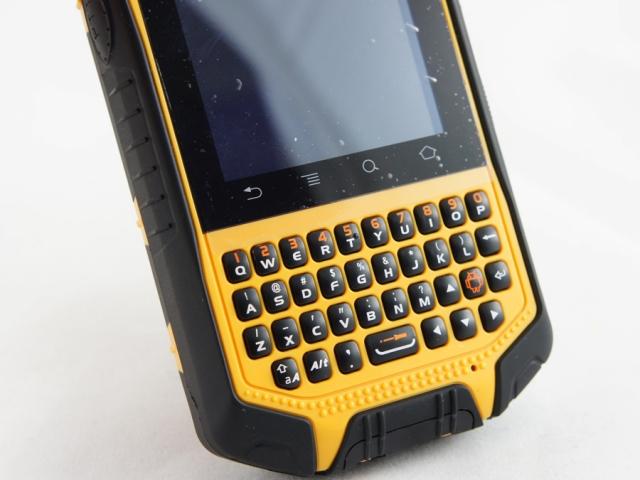 Неуязвимый смартфон Runbo X3 – всего 350 долларов