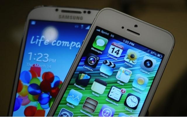 На выход Galaxy S4 в Apple напомнили, кто здесь лучше