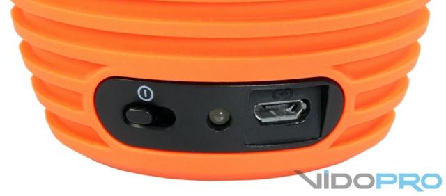 Philips SoundShooter SBA3010/SBA3011: музыкальный киоск