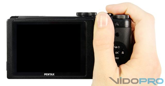 Pentax MX-1: high-end компакт с классическим дизайном
