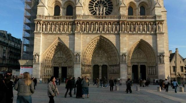 Загадки собора Парижской Богоматери были разгаданы с помощью лазеров