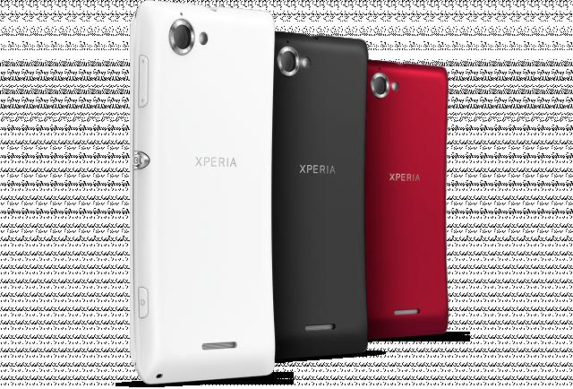 Смартфоны Xperia SP и Xperia L поступают в продажу