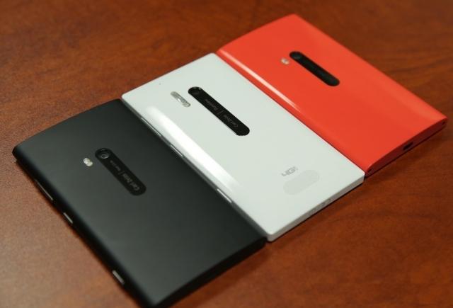 Lumia 925 и Lumia 928 – продолжатели Windows-рода