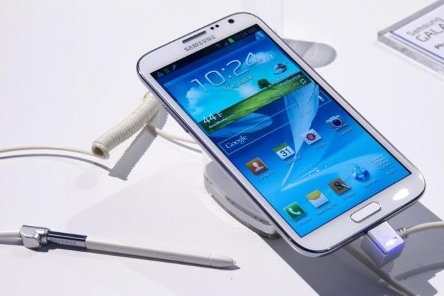 Samsung продала 10 миллионов Galaxy S4 в первый месяц