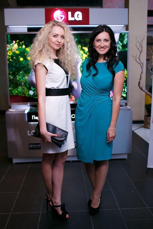 LG поддержала модный показ вечерних платьев