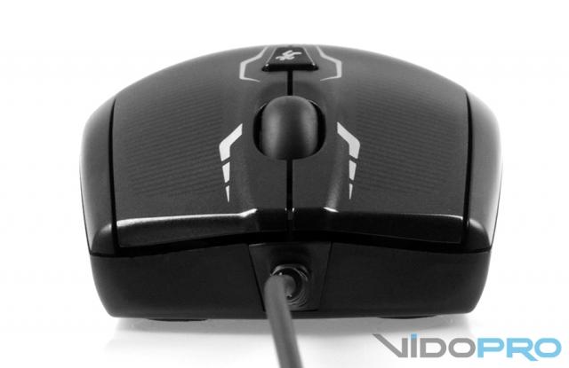 Logitech G100s: точность и легкость