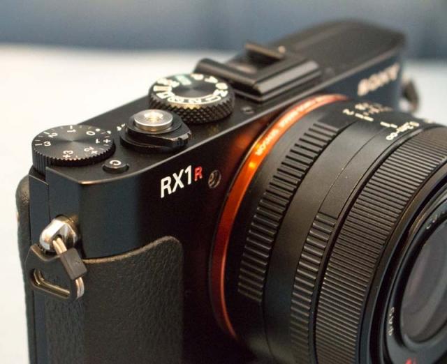 Sony Cyber-shot RX1R: резкая картинка с большим количеством деталей