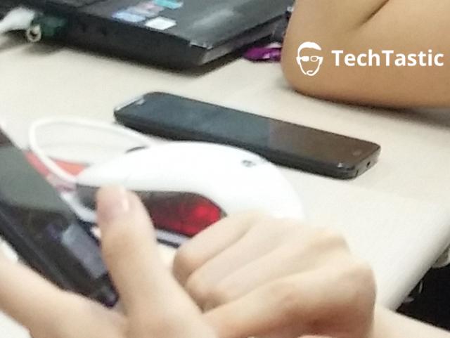 Новая фотография LG G2. Вид с боку