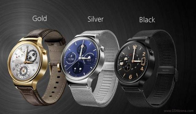 Часы Huawei имеют классический дизайн и работают на Android Wear
