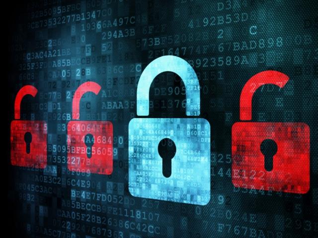 Самая большая в истории хакер-атака финансовой информации США