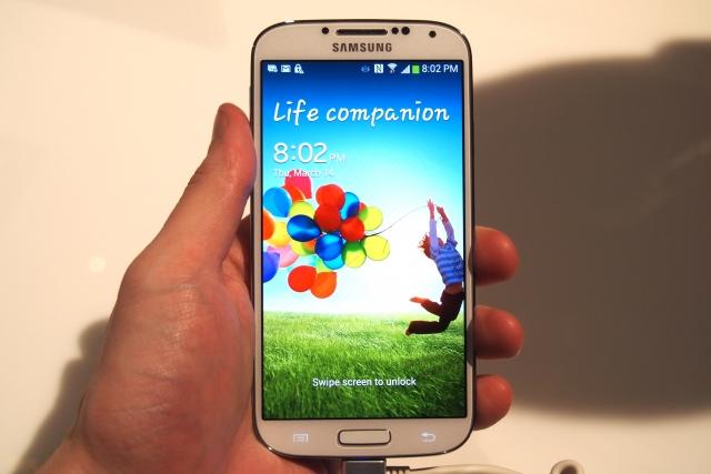 Samsung пообещала переосмыслить Galaxy S5 и вернуться к азам