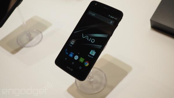 Знакомьтесь, это первый смартфон VAIO