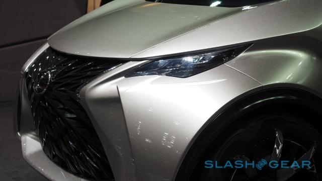 Концепткар Lexus LF-SA может стать конкурентом Smart и MINI