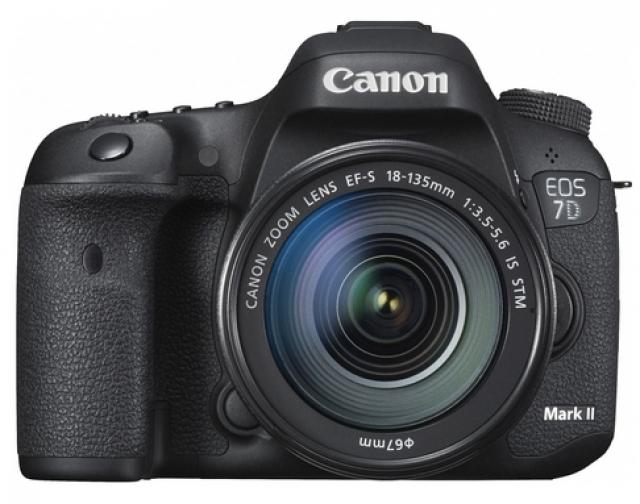 Камеры EOS и EF-объективы Canon получили награды