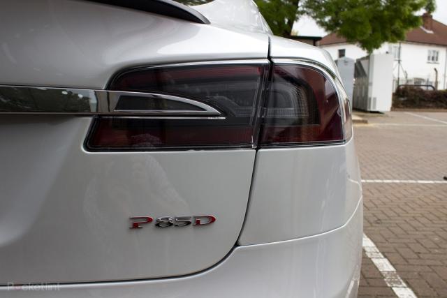 Последние обновления Tesla – родстер и улучшения Model S
