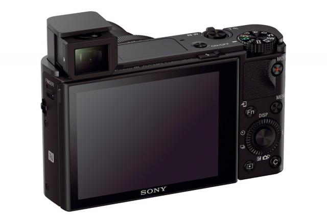 Компактная Cyber-shot RX100 III с более широким и ярким объективом