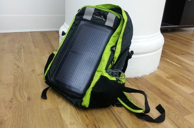 Рюкзак EnerPlex Packr - неотъемлемый аксессуар путешественника