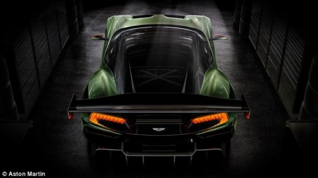 Гиперкар Vulcan за 2.3 миллиона долларов может стать следующей машиной Джеймса Бонда