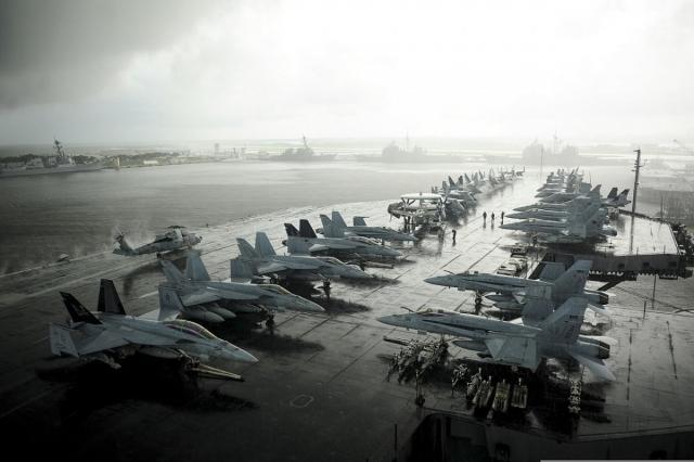 Новейший американский авианосец за 13 миллиардов долларов готовится защищать мир