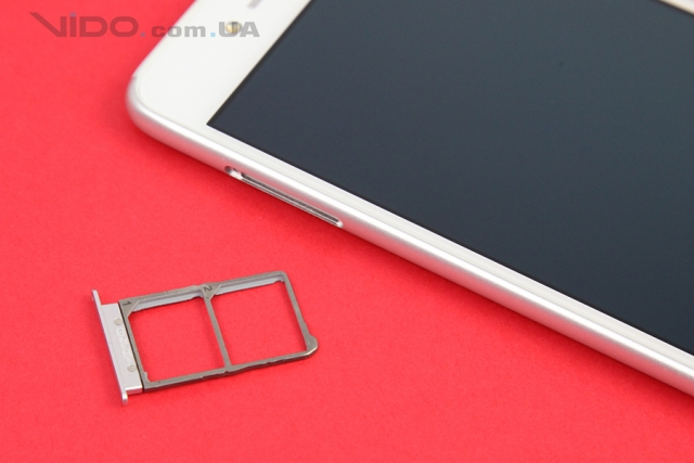 Обзор смартфона Lenovo S90: тонкий, легкий, металлический