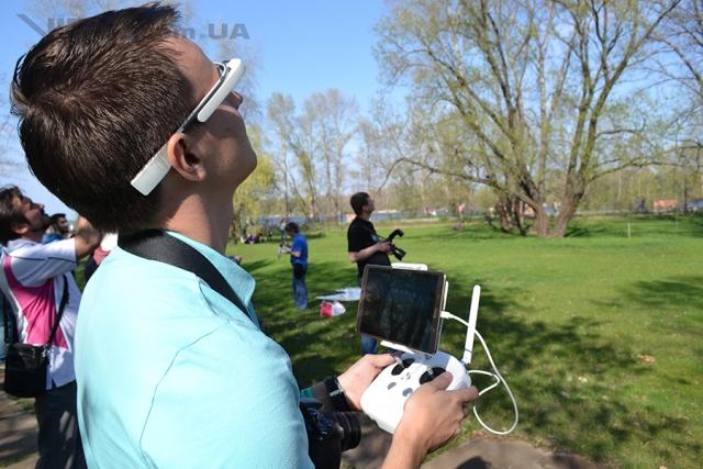 В Украине официально представлен квадрокоптер DJI Phantom 3
