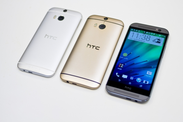 Первые фото HTC One M8 Ace