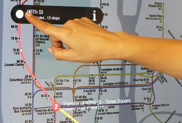 В метрополитене Нью-Йорка появились первые интерактивные карты