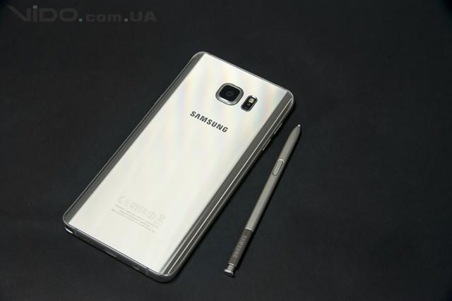 Обзор смартфона Samsung Galaxy Note 5: все дело в стилусе