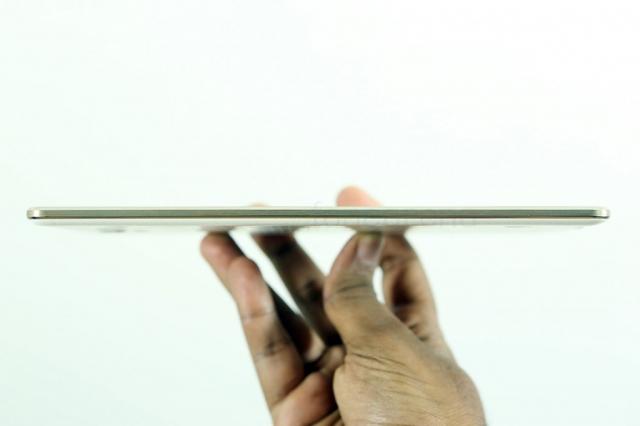 Samsung Galaxy Tab S2 может быть тоньше, чем iPad Air 2
