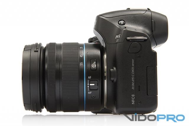Обзор фотокамеры SAMSUNG NX30: глядя в перископ