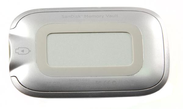 SanDisk Memory Vault. Флэшка для оптимиста