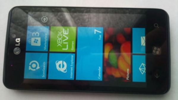 Появились фото и видео смартфона LG Miracle