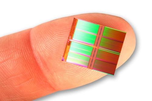 Самые миниатюрные в мире модули памяти NAND
