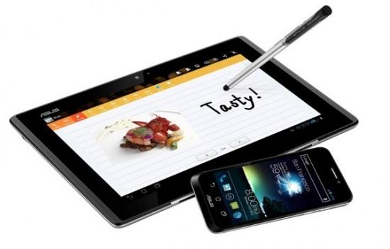 Продажи ASUS PadFone стартуют в апреле 2012 года