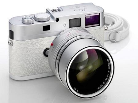 Новая Leica в белом