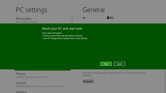 """Microsoft раскрыла подробности новых функций в  Windows 8 """"refresh"""" и """"reset""""."""