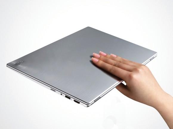 Новые продукты от LG: супер ультрабуки Z330 и Z440.