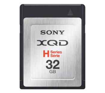 Sony представила первые в мире карты памяти формата XQD