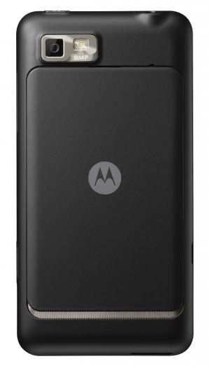 Motorola представила новые Android-смартфоны: Motoluxe и Defy Mini