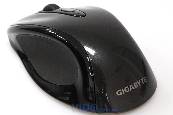 Gigabyte KM7600