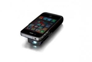 Домашний кинотеатр из iPhone: портативный проектор и акустическая система